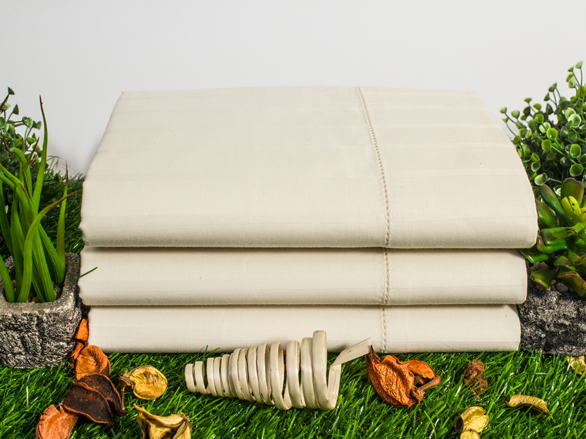 Fagotted Luxury Stripe Sateen Crease Resistant Natural